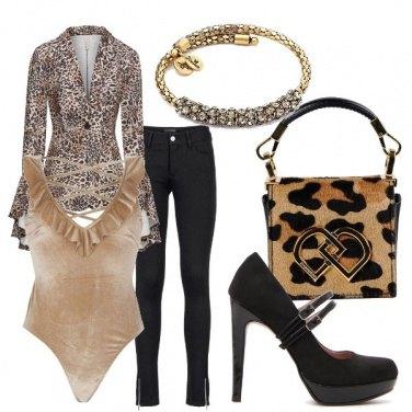 Outfit Total look con bracciale rigido