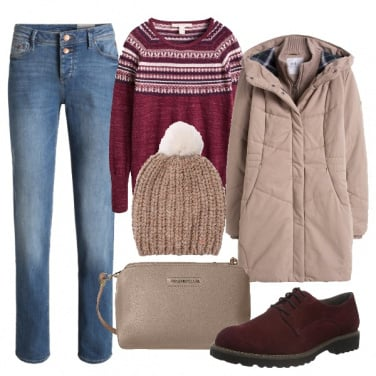 Outfit Warm taupe e bordeaux in montagna