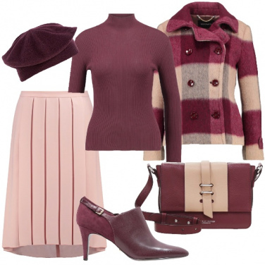 Outfit Taglie comode in rosa e burgundy