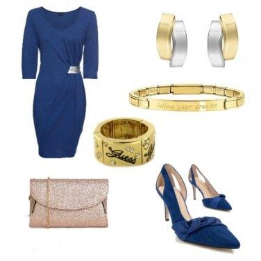 Outfit Una rosa blu
