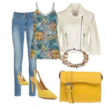 Outfit Trendy con il giubbino traforato
