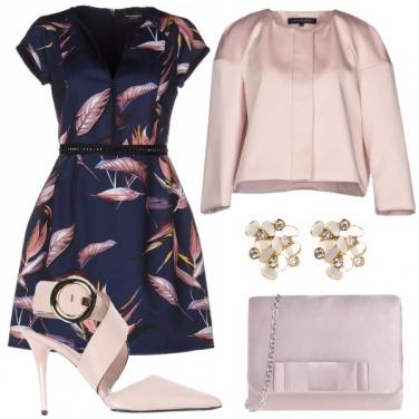 Outfit Foglie rosè