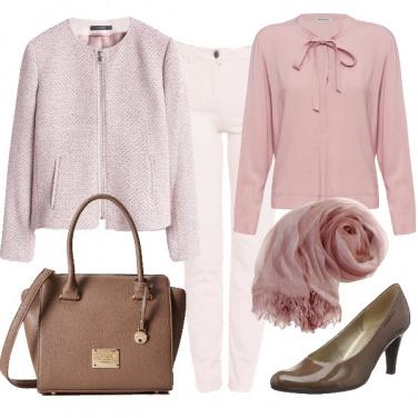 Outfit Autunno dipinto di rosa