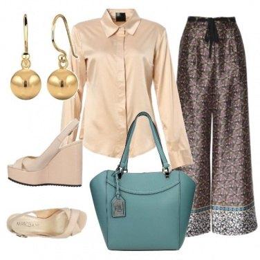 Outfit Satin e turchese