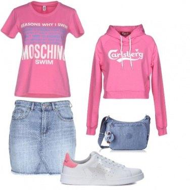 Outfit Sportiva in minigonna