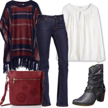 Outfit Poncho e zampa
