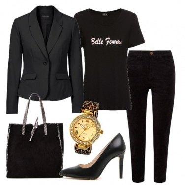 Outfit Total black in ufficio