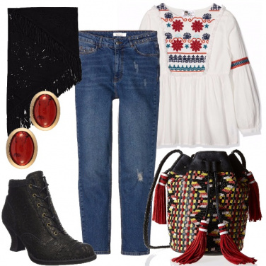Outfit Etnico con jeans