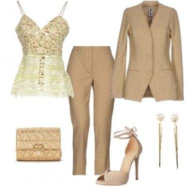 Outfit Cerimonia dorata