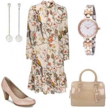 Outfit Fantasia floreale bon ton