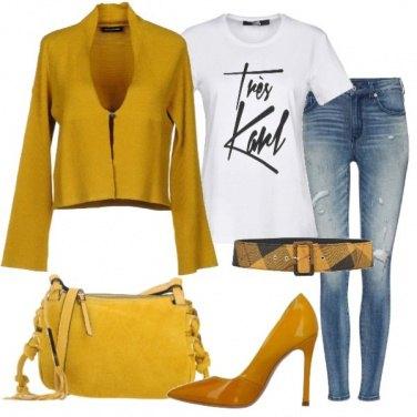 Outfit Giallo tendenza A/I