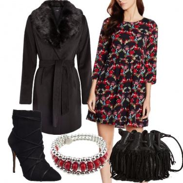 Outfit Folk in nero e rosso