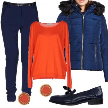 Outfit In blu e arancio