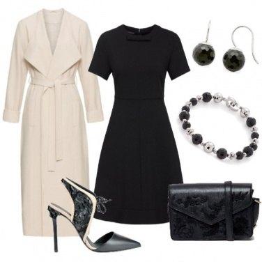 Outfit Semplice in rosa e nero