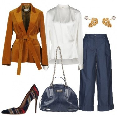 Outfit Giacca in velluto e camicetta in seta