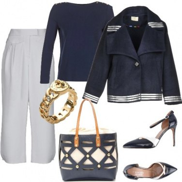 Outfit Bianco e blu marine