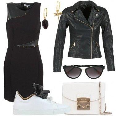 Outfit Tubino e sneakers glam rock
