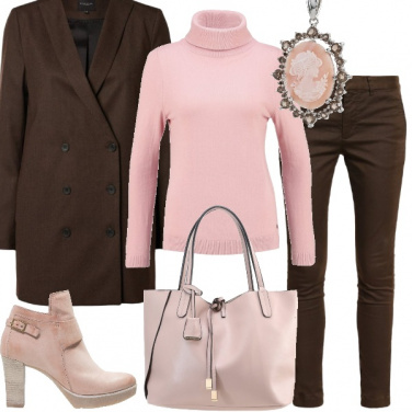 Outfit Tenue in marrone