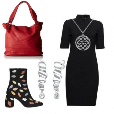 Outfit Tubino nero... un must sempre fashion