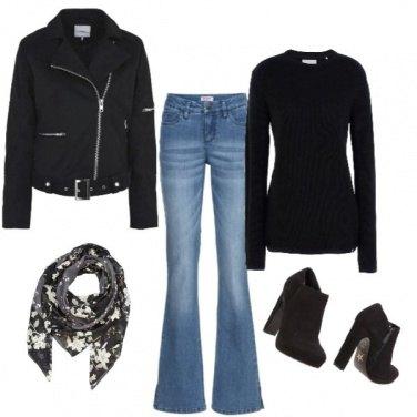 Outfit Foulard fiorato