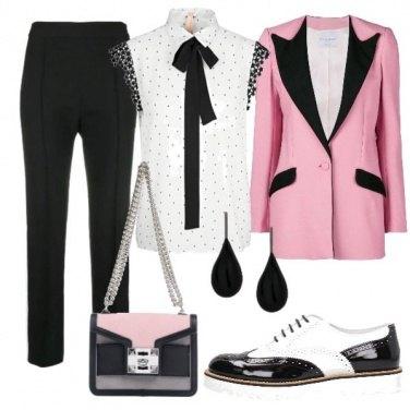 Outfit La donna spigliata in veste maschile