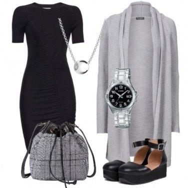 Outfit Cardigan grigio lungo