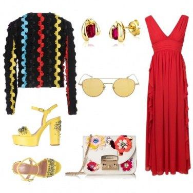 Outfit Stravaganze con accessori gialli