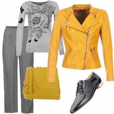 Outfit Giallo grigio