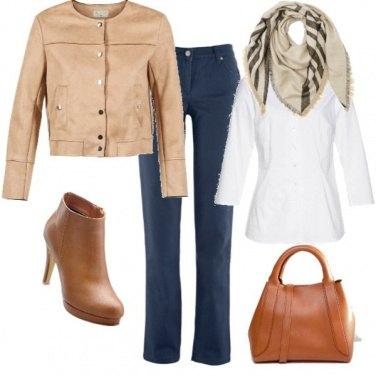 Outfit Beige e blu