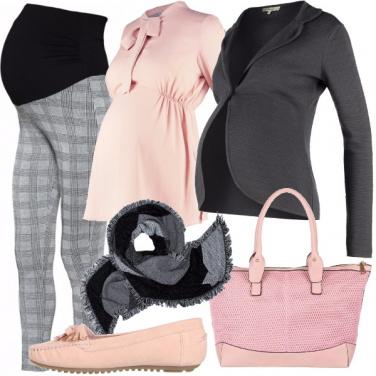 Outfit Futura mamma al lavoro