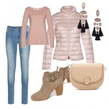 Outfit Passeggiate autunnali in rosa