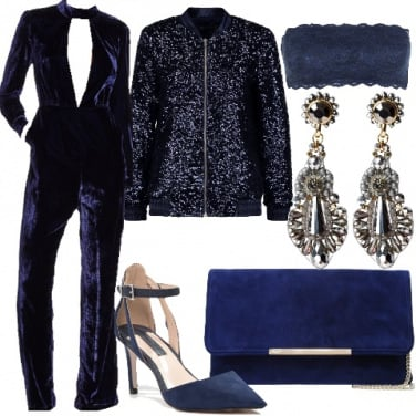 Outfit Sexy in blu velvet