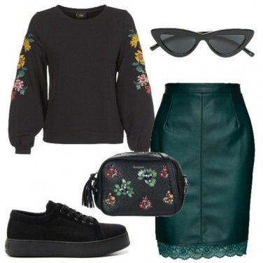 Outfit Felpa, gonna e fantasia