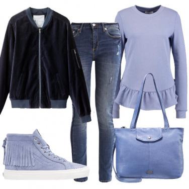 Outfit Celeste polvere