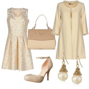 Outfit Cerimonia color crema