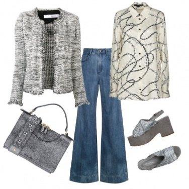 Outfit Jeans a zampa e zeppe preziose