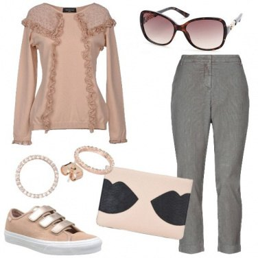 Outfit Passeggiata in sneakers
