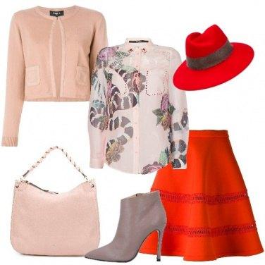 Outfit In ufficio in rosso e rosa