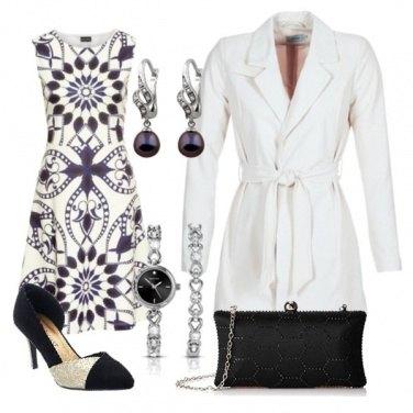 Outfit Abito scampanato fantasia bianco e nero