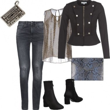 Outfit Golden rock