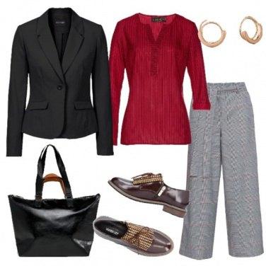 Outfit Principe di Galles blusa rossa