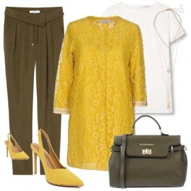 Outfit Un capospalla giallo