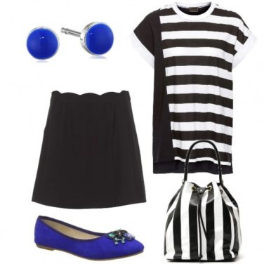 Outfit Black, white and royal blu