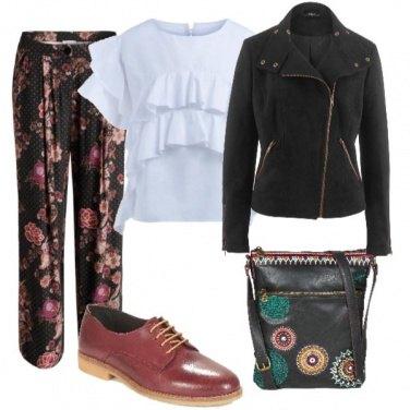 Outfit Pantalone fiorito