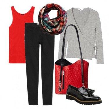 Outfit Rosso e vernice