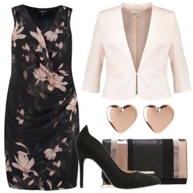 Outfit Curve romantiche