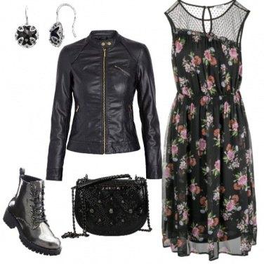 Outfit Abito con anfibio