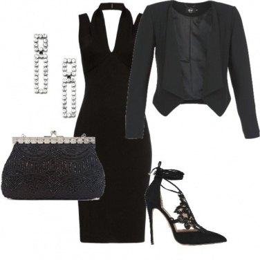 Outfit Invito elegante in total black
