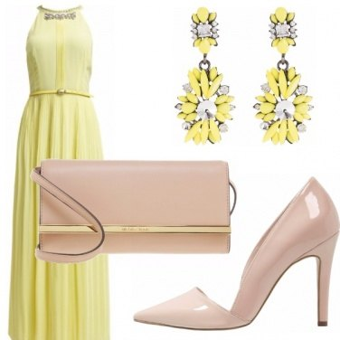 Outfit Light yellow