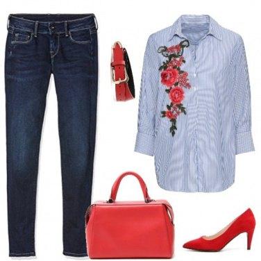 Outfit Accenti rossi
